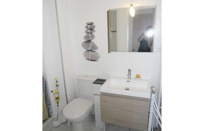 appartement t1 pour curistes vichy pour une cure thermale vichy. Black Bedroom Furniture Sets. Home Design Ideas