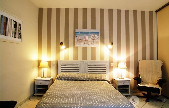studio meubl 80 m des thermes de rochefort pour une cure thermale rochefort. Black Bedroom Furniture Sets. Home Design Ideas