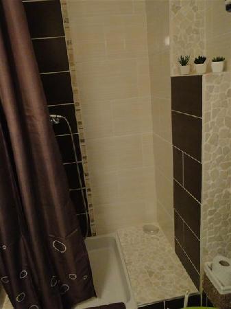Appartement meubl au calme avec belle vue jardin pour - Thermes argeles gazost jardin bains ...