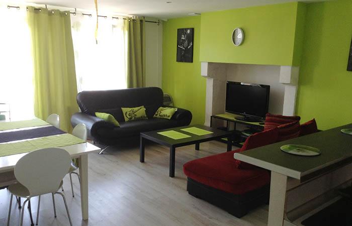 Maison meubl e pour cure thermale pour une cure thermale for Veterinaire debussy salon de provence