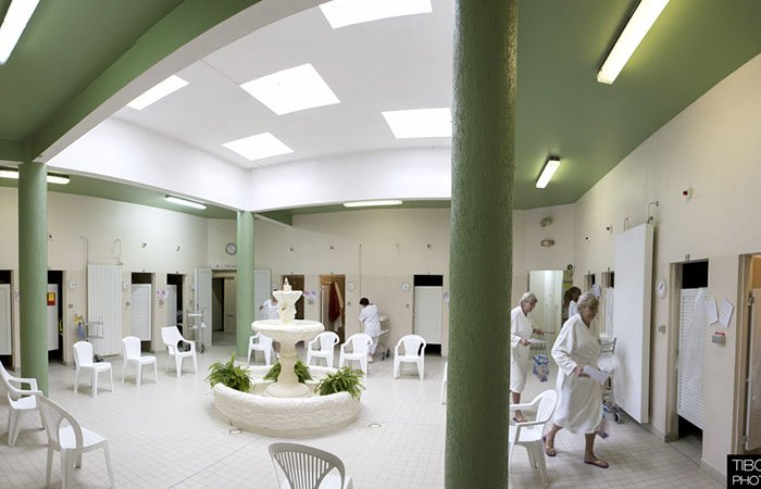 Cure thermale de camoins les bains avis infos et photos for Thalasso bain les bains